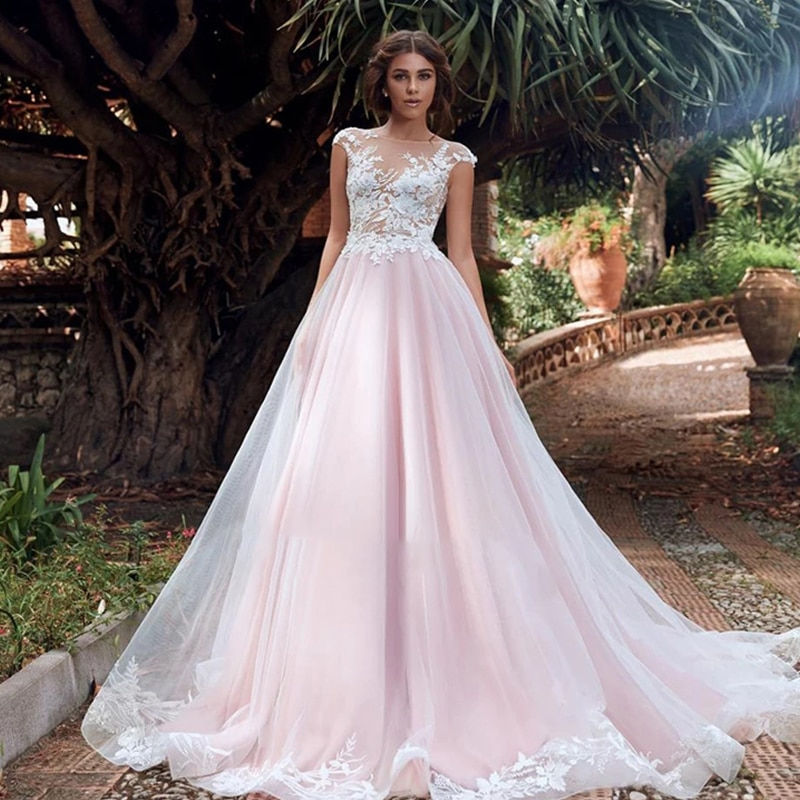 Review Lace wedding dress o-neck sleeveless retro bridal dresses beautiful backless exquisite pattern lace tailing custom made