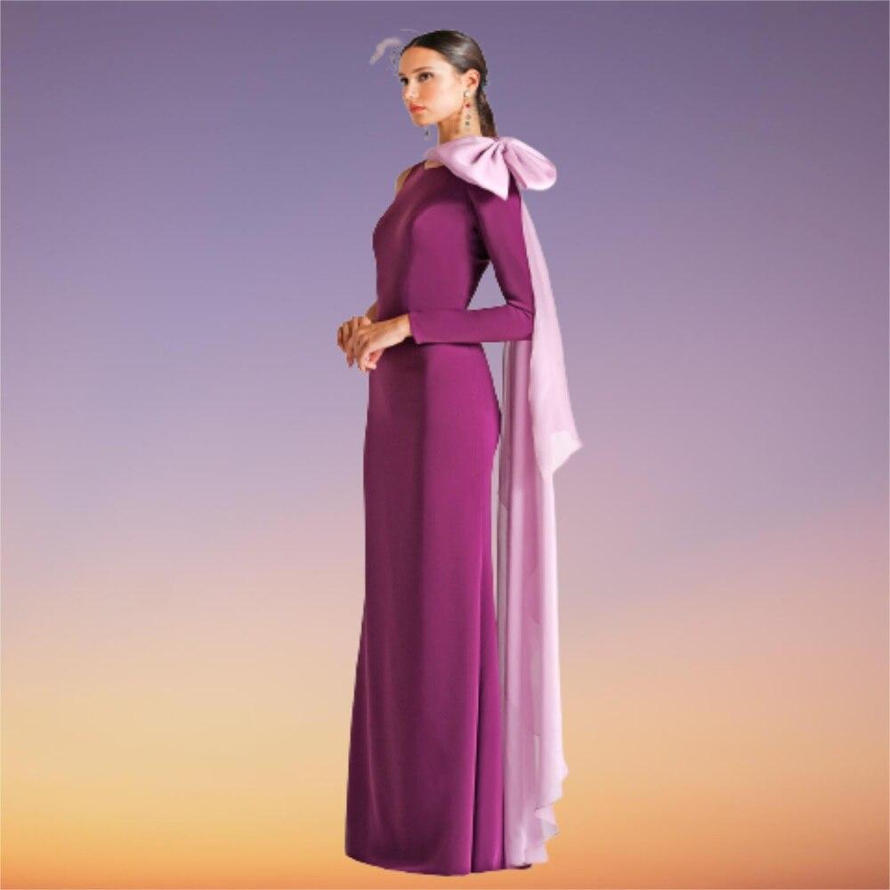 جوهرة فستان سهرة طويل أرجواني مطاطا ساتان غمد كتف واحد حديث طول الأرض فساتين حفلات مع فيونكة شيفون