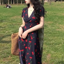 Cherry dress 2021 new fashion style long skirt gentle and sweet simple temperament was thin V-neck d