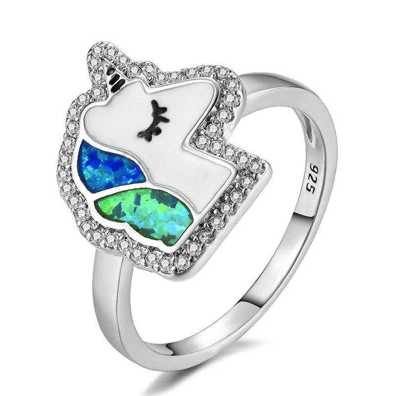 Bonito anillo de unicornio pequeño para mujer, anillo de boda con animales de Color plateado a la moda para mujer, anillo de compromiso con ópalo verde Fuego Azul bohemio