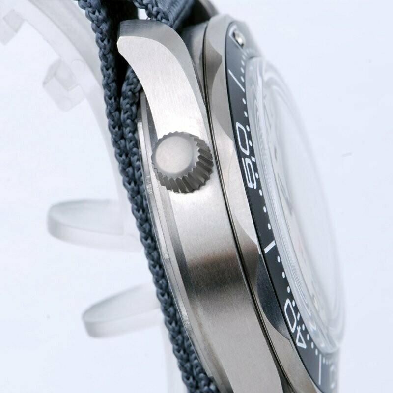Heimdallr Men's Diving Watch Sapphire White Dial Luminous Titanium Case 200M Water Resistance NH35 Automatic Movement Wristwatch enlarge