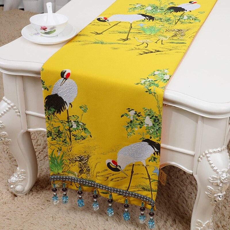 Grúa de Corona Roja de lujo seda corredor de mesa de satén Jacquard clásico comedor café té camino de mesa de tela alta calidad camino de cama