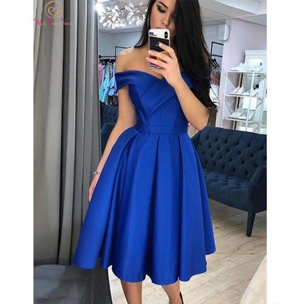 فستان كوكتيل ساتان أزرق ملكي قصير ، أكتاف عارية ، خط a ، حفلة تخرج ، 2021
