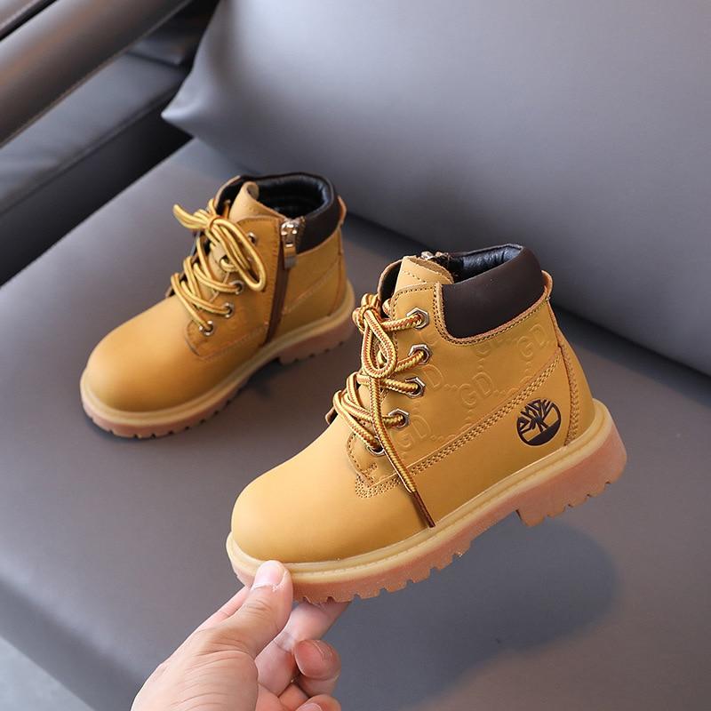 الأطفال الأحذية الصفراء موضة مطبوعة أحذية بوت قصيرة عادية الخريف والشتاء 2021 جديد الفتيان مارتن الأحذية الفتيات الأحذية الموضة