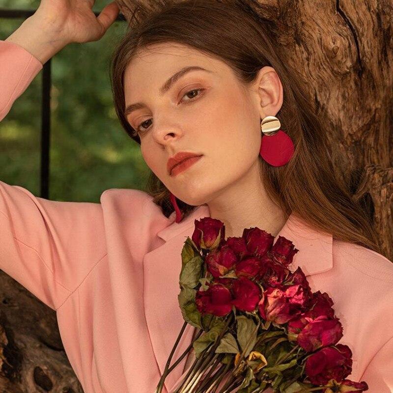 Vintage Goldene Farbe Runde Tropfen Ohrringe Partei Elegante Mode Ohrringe für Frauen Rot Hängen Gothic Ohr Zubehör Mädchen Geschenk