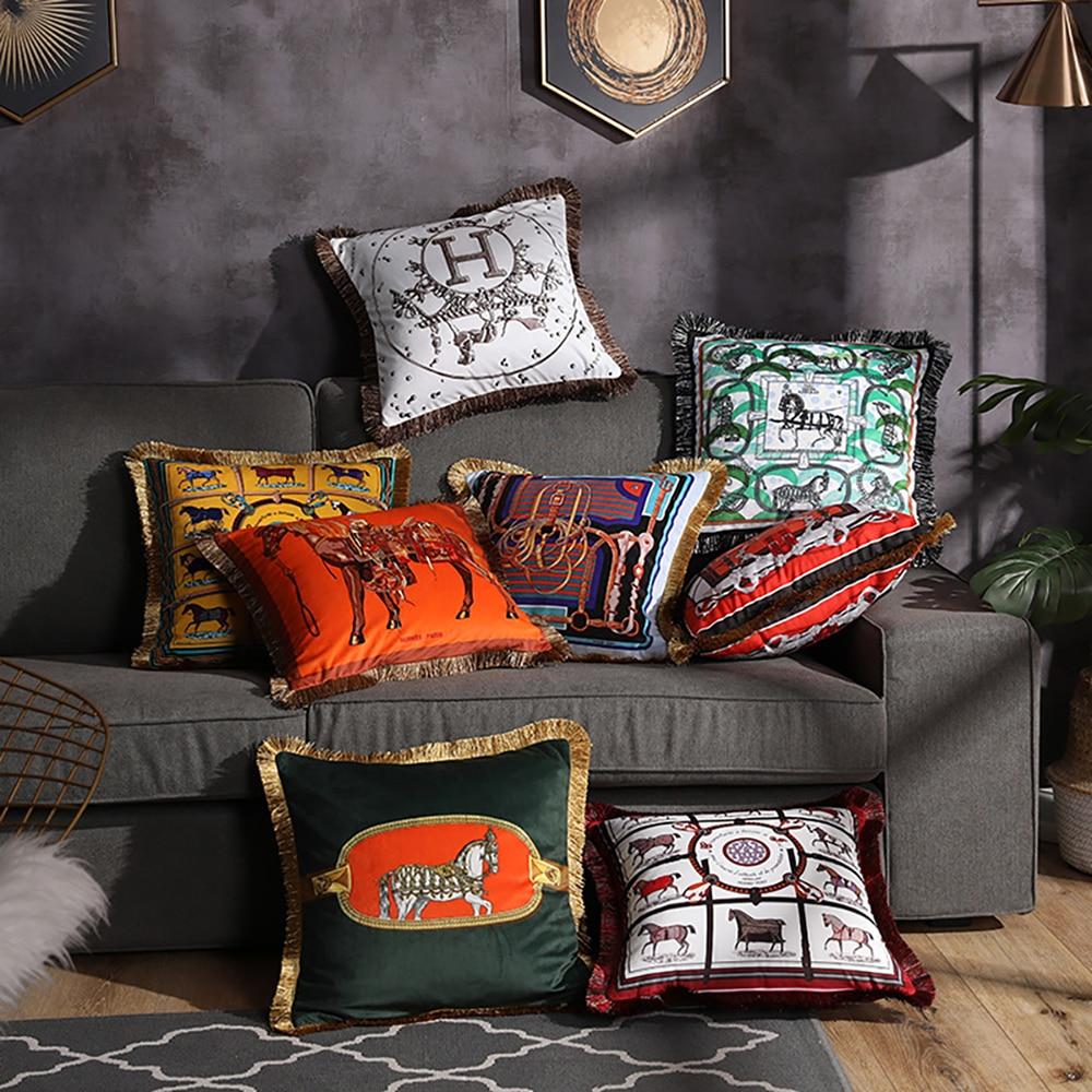 European American Luxury Printed Cushion Cover Horse Pattern Velvet Pillowcase Lumbar Pillow Cover Tassel Edge Home Decoration