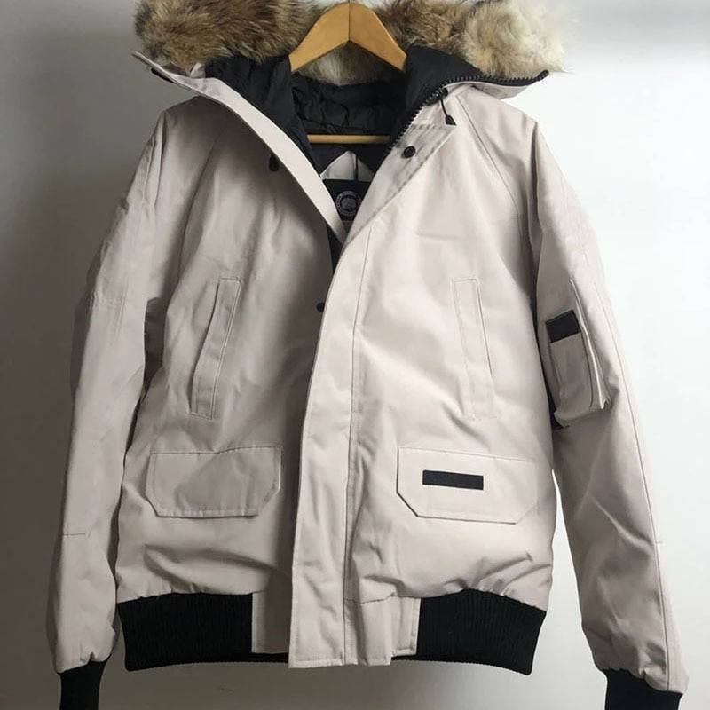 Men Canadian Chillnwacks Parka Real Coyote Fur Goose Down Jacket Camouflag Warm Outdoor Coat Windproof Waterproof Thick Outwear