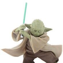 Figurine Star Wars maître Yoda avec épée jouet modèle 13cm