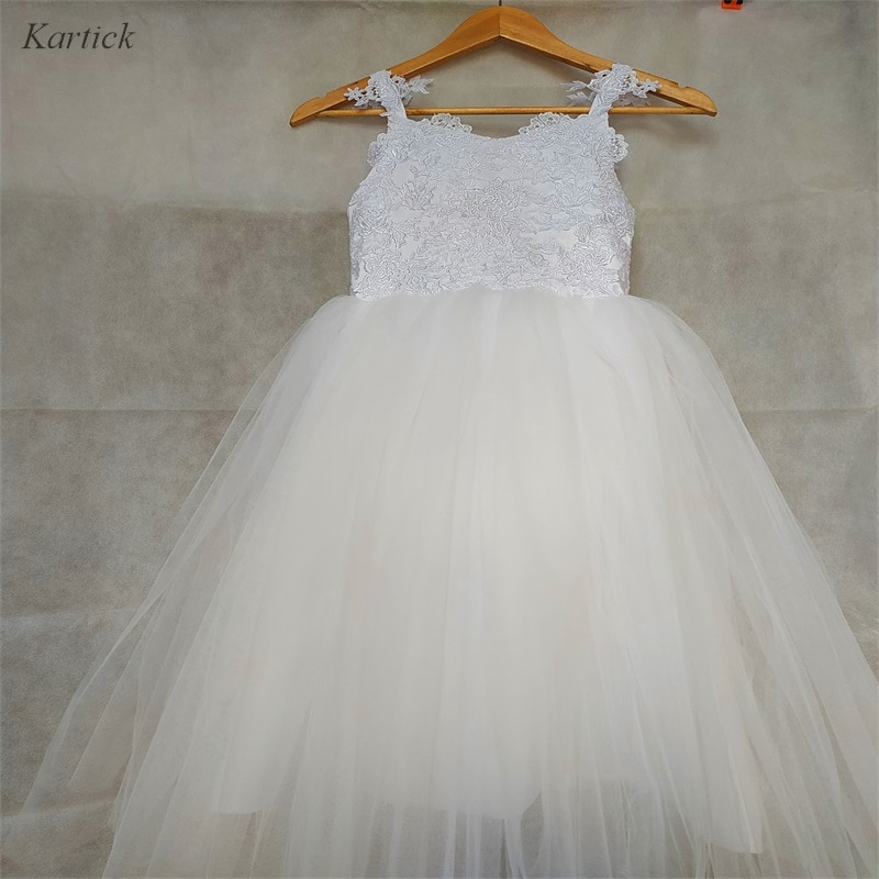 appliques flower girl dresses bow knot v neck kids pageant dress evening for party birthday hollow out princess dress b29 New Flower Girl Dresses with Appliques Lovely Little Girls Kids/Child Dress for Wedding Princess Communion Party Pageant Dress