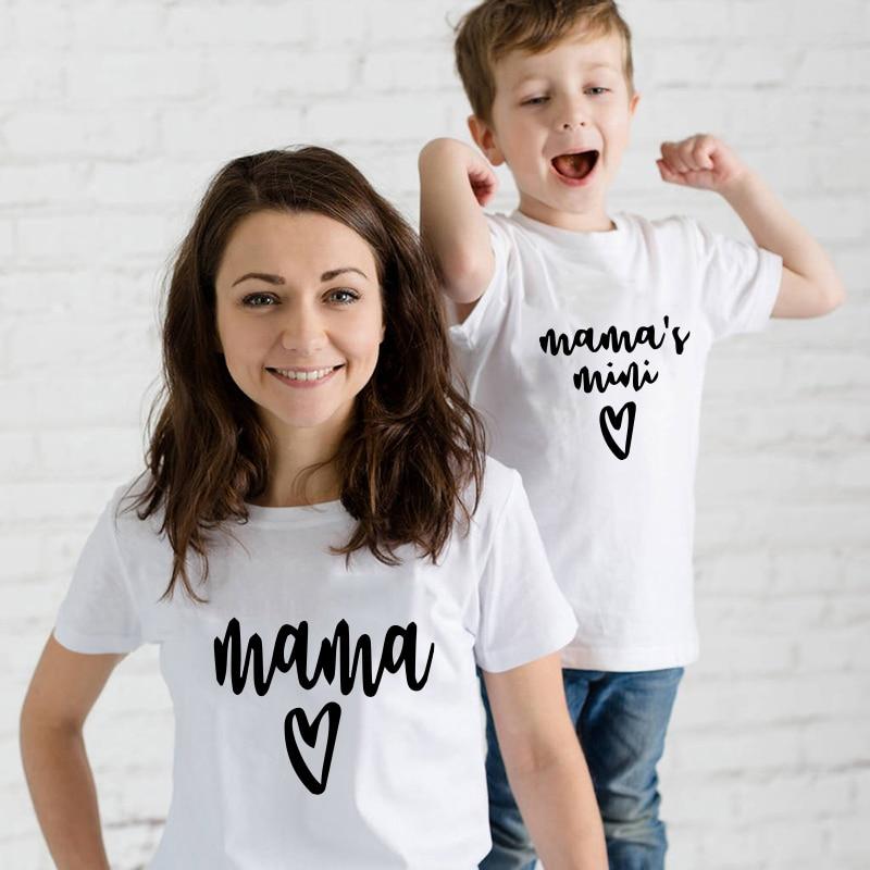 Mama love mini/Коллекция 2019 года, летние Семейные Комплекты Одежда для мамы и дочки, мамы и сына футболка для мамы и дочки