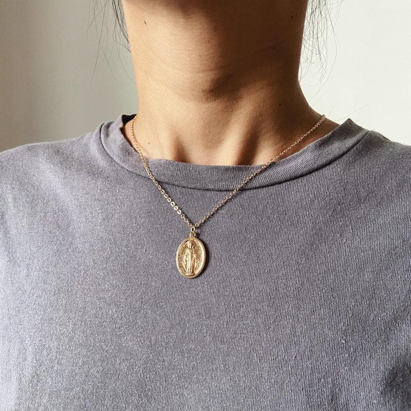 Collar ovalado con retrato de moneda para mujer y niña, artículo duro,...