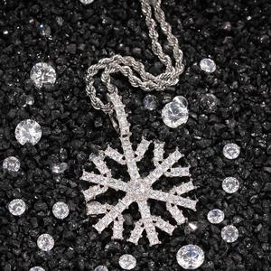 New Fashion Charm Hip Hop Jewelry Custom Christmas Tree Snowflakes Necklace  Full Iced Out Cubic Zirconia Gold Plated CZ Stone