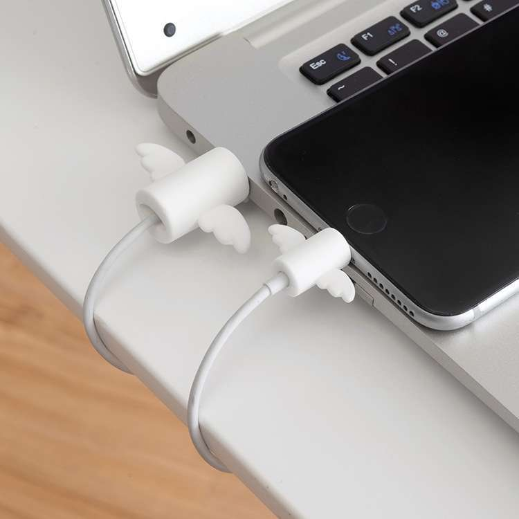 Cartoon special Anti-breaking data cable protective cover for iphone Data line