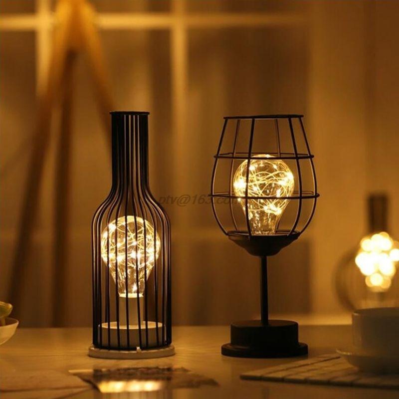 Lámpara de mesa hueca de arte del hierro Retro, luz LED de lectura nocturna, decoración de iluminación para dormitorio