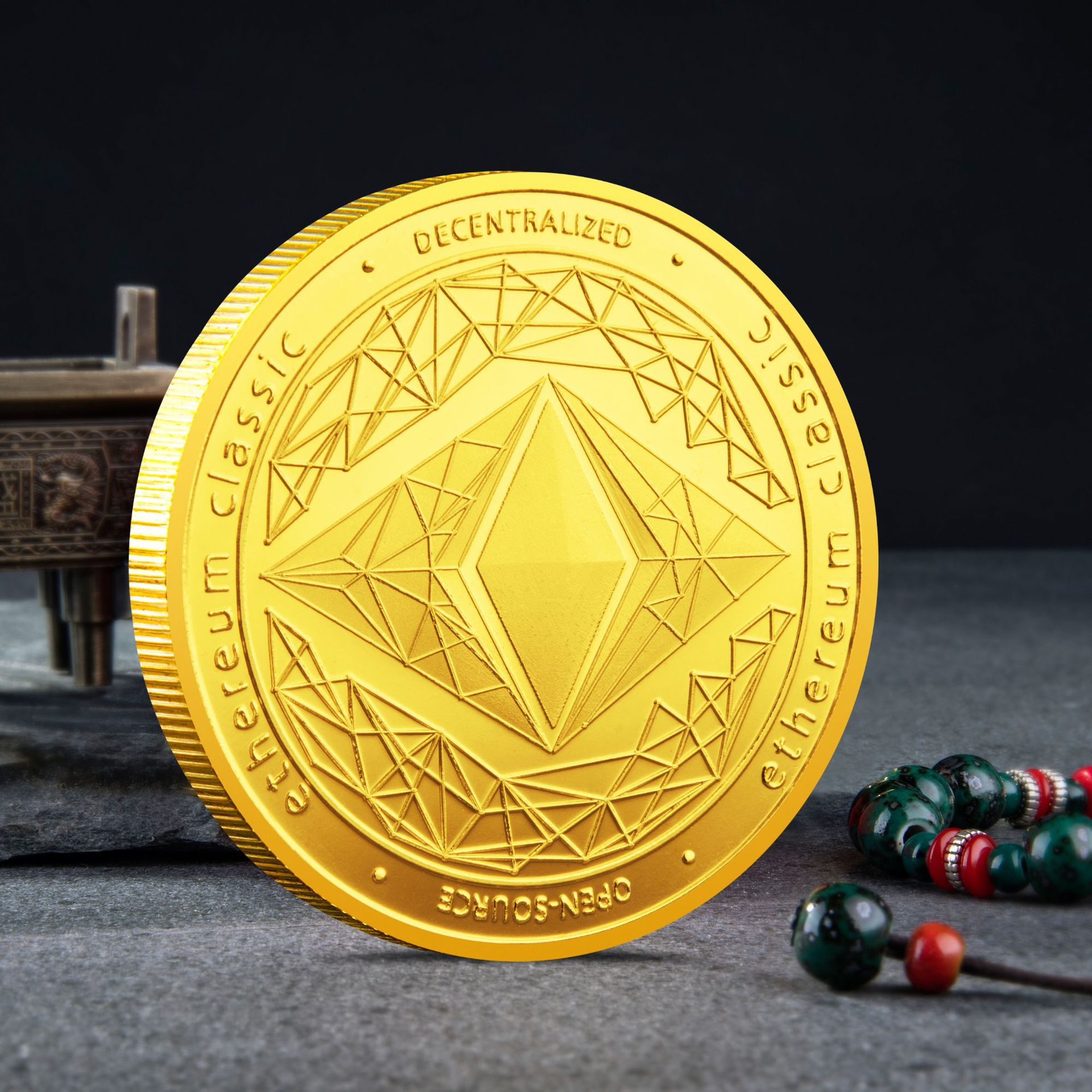 Ethereum Classic Souvenir Coin Physical Cryptocurrency Coin Gold Plated Gift Commemorative Coin Collection Art Ethereum Coin