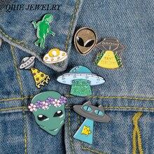 QIHE JEWELRY 외계인과 UFO 에나멜 핀 컬렉션 우주 공간 옷깃 핀 녹색 외계인 배지 괴짜/그/그녀를위한 브로치