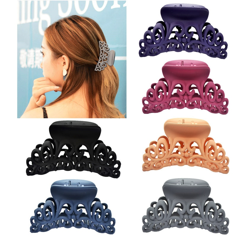 Popular Solid Color Scrub Hair Styling Clips Simple Hollow Out Carving Claw Crab Large Female Bath Clip Accessories