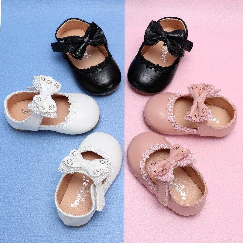 Zapatos de cuero para niñas pequeñas con lazo de encaje para niñas pequeñas, zapatos de princesa para vestido de boda y fiesta en blanco