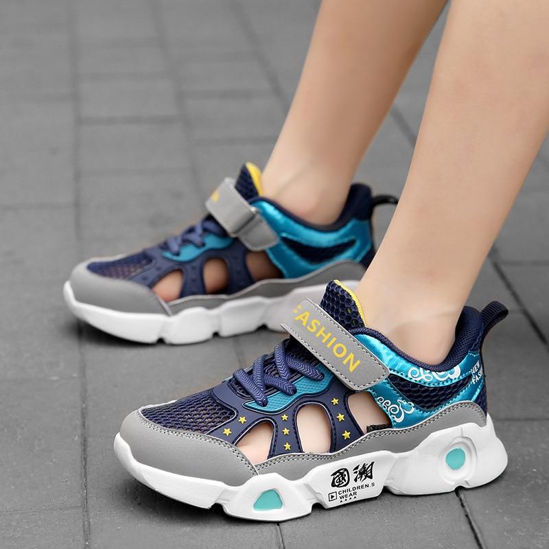 الصبي الصيف أحذية رياضية 2021 جديد للطفل شبكة تنفس الأطفال أحذية تنس الطلاب جوفاء شبكة واحدة عادية الأزرق لينة