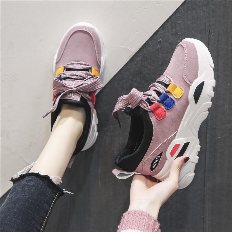Las correas cruzadas, los zapatos de las mujeres de colorblock son superligeros, absorben los golpes, cómodos, elegantes, zapatillas transpirables