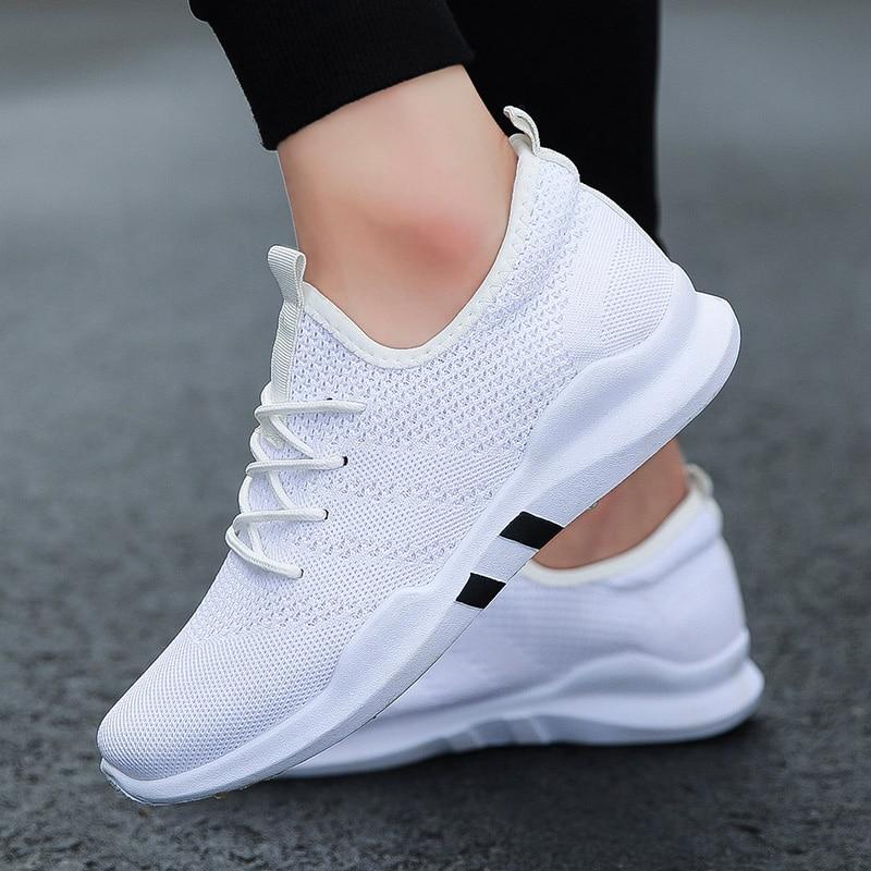 الربيع و الصيف أزياء رجالي عارضة أحذية الأبيض الدانتيل متابعة تنفس حذاء رياضة سلة تنس رجل المدربين Zapatillas Hombre