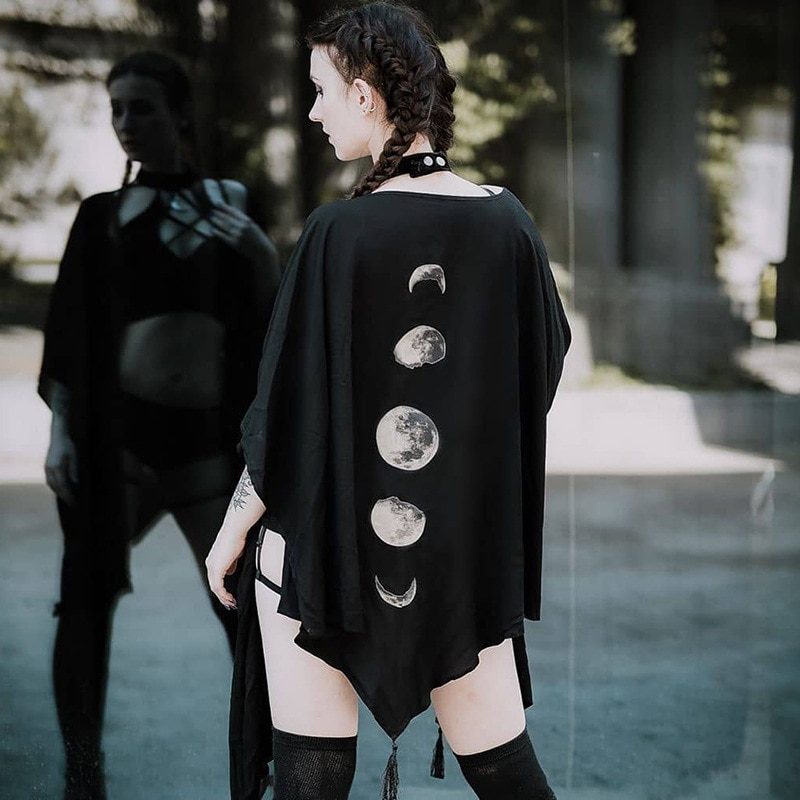 Spring Black Capes Coat Vintage Moon Print Gothic Loose Women Batwing Duplex Shawl Long Sleeve Cape Female Outerwear Gothic Cape black chiffon loose bat sleeves cape shawl top