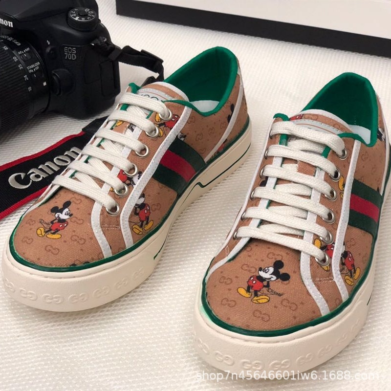 Disney Ladies Spring and Autumn Cartoon Print Mickey Mouse Flat Canvas Shoes Simple Breathable Non-slip Casual Shoes enlarge
