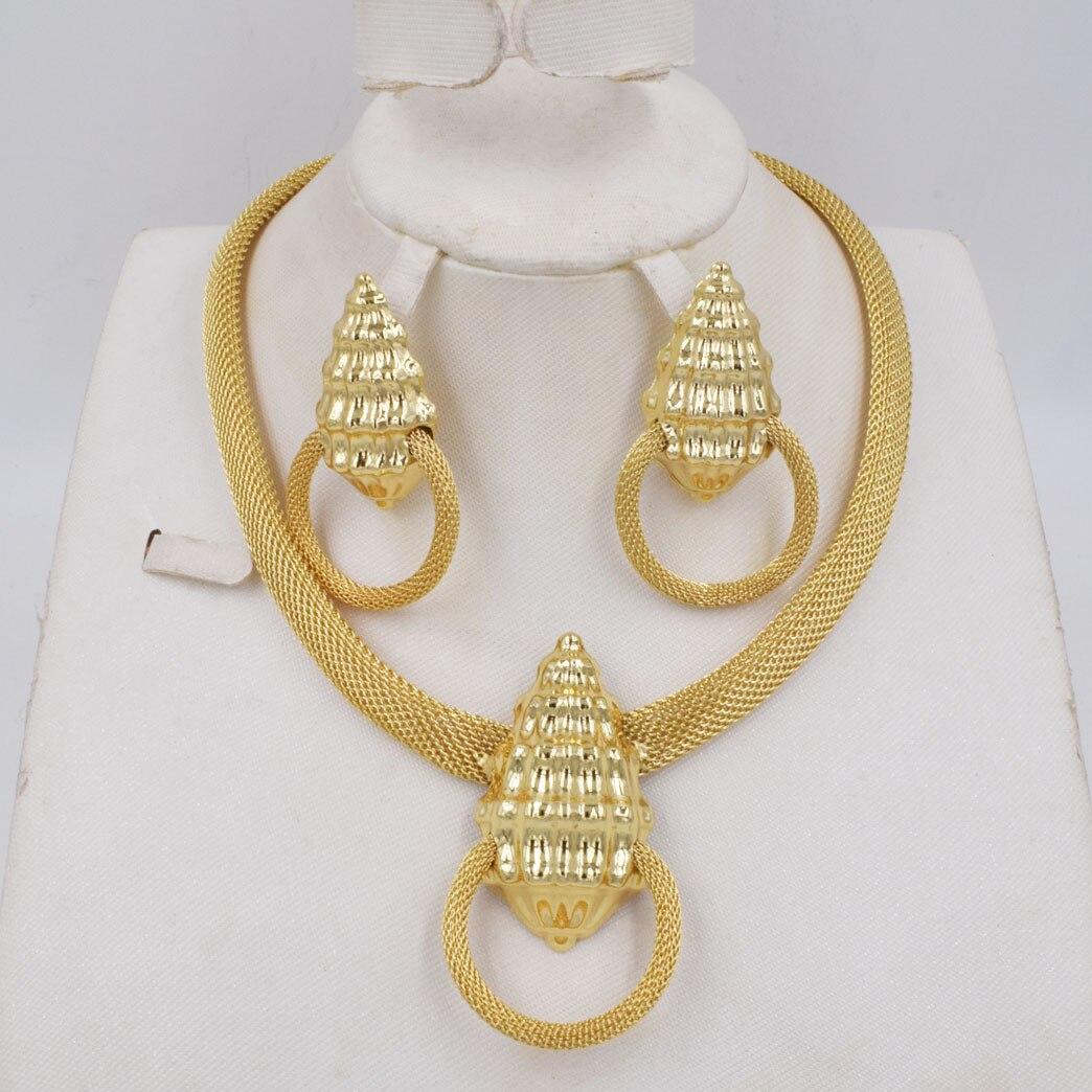 طقم مجوهرات ذهبي اللون للنساء ، لؤلؤ افريقي ، عصري ، اقراط ، جودة عالية ، نمط جديد ، لتالي 750