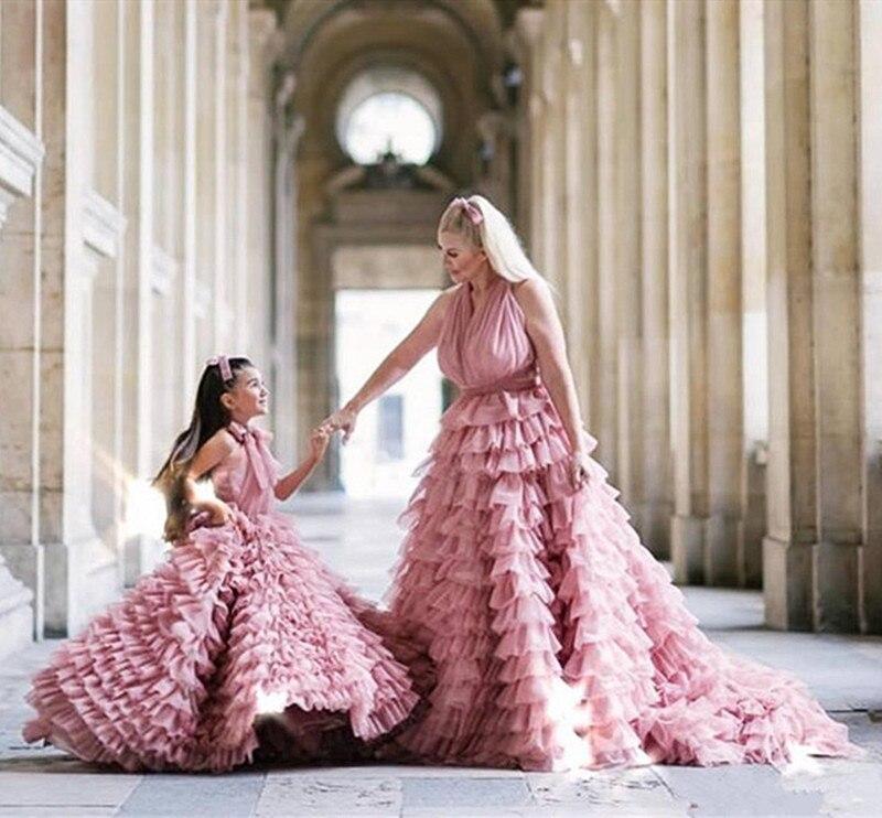 Blush Pink Tiered Flower Girl Dress Mother Daughter Dresses Sweep Train Halter Sleeveless Evening платья знаменитостей