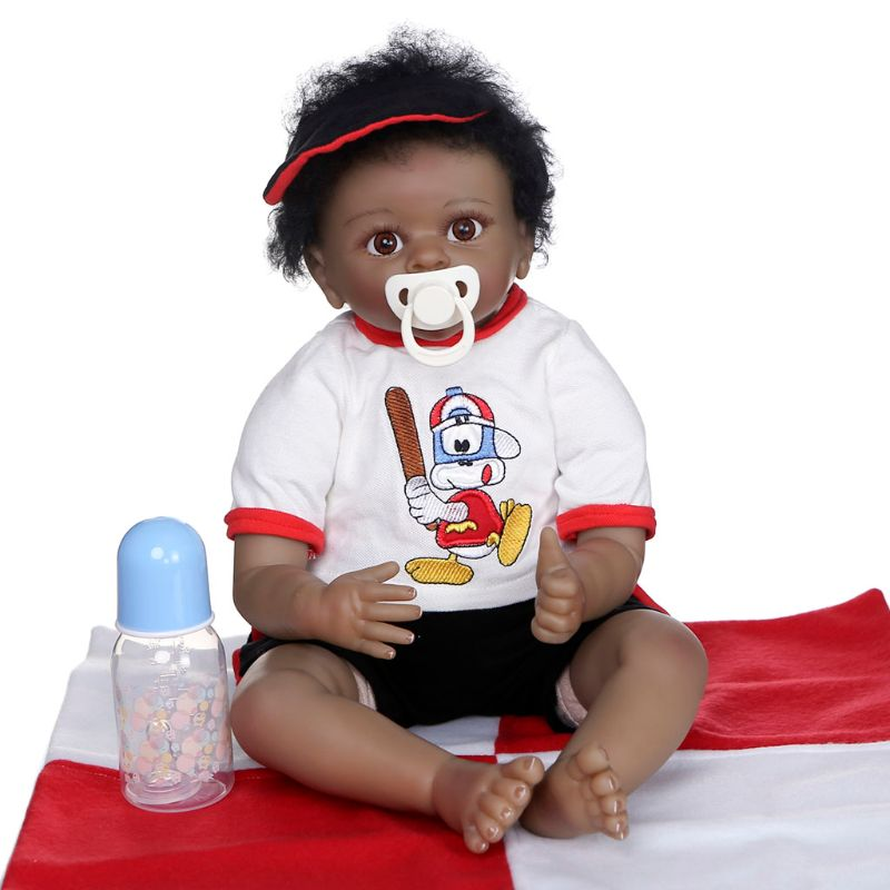 Muñeca realista de 55cm, cuerpo suave de vinilo para bebés pequeños, niño negro africano realista