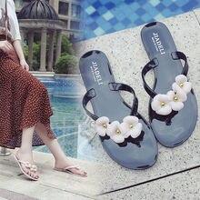 Tongs dété en fleurs pour femmes, nouvelles chaussures dextérieur à bout ouvert en gelée, tongs plates de plage, collection été 2020