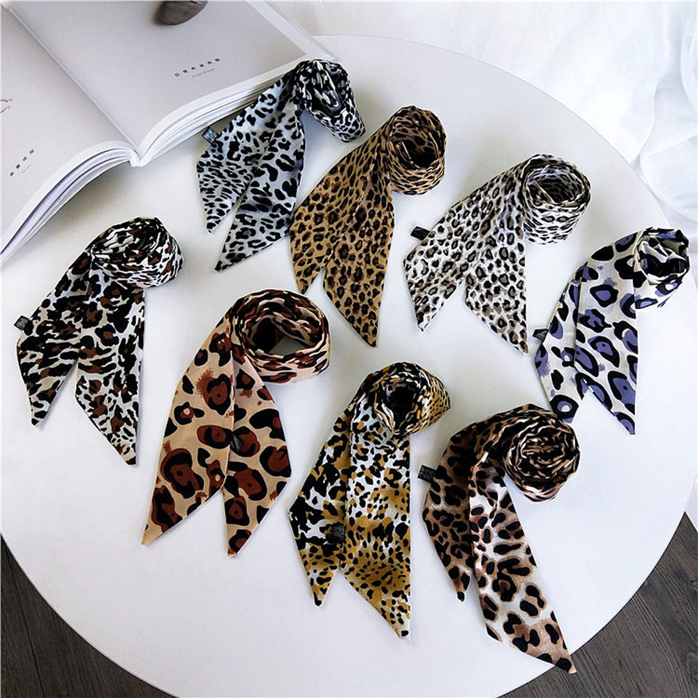 Leopardo Cachecol Laço Quadrado Anel Pescoço de Cetim De Seda Pequeno Lenço Quadrado Lenço de Cabeça Para As Mulheres Lenço do Inverno Da Moda