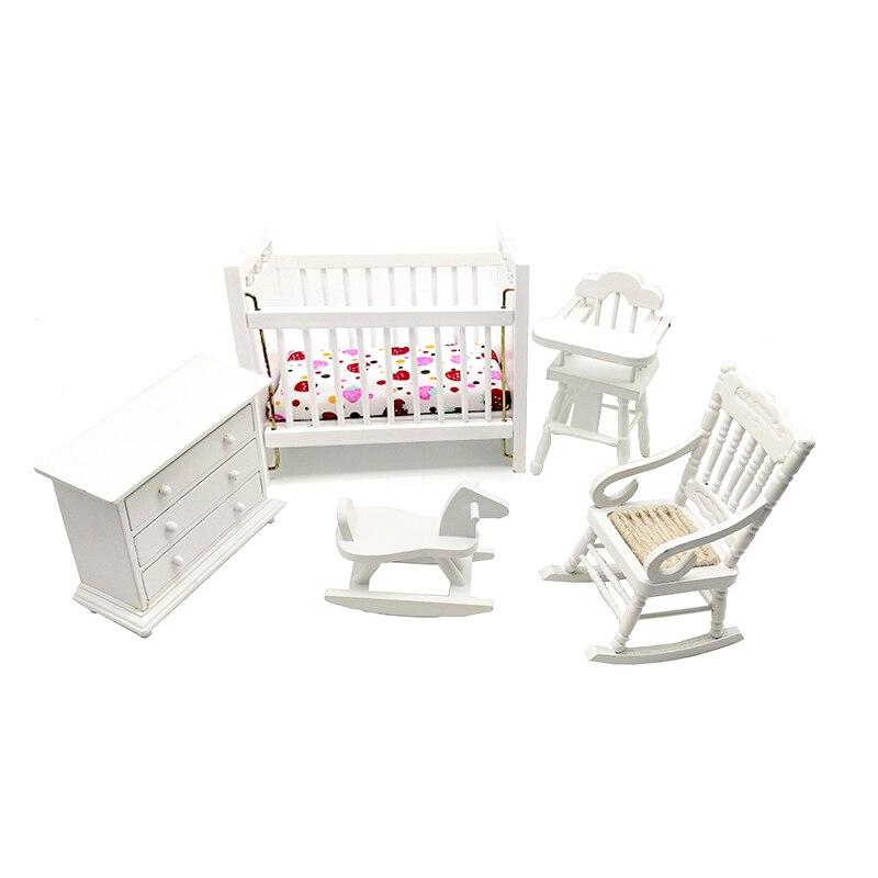 ILAND 1:12 دمية مصغرة غرفة الطفل مجموعة اثاث سرير الطفل خزانة عالية كرسي Hobbyhorse 5 قطعة WB013B