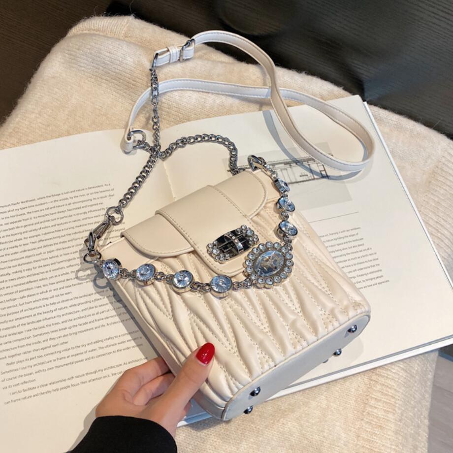 Diamond Chain Tote Bucket Bag 2021 Fashion New High Quality PU Leather Women's Designer Handbag Travel Shoulder Messenger Bag