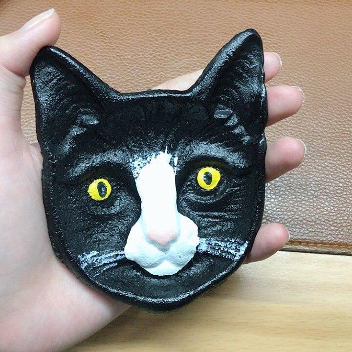Caja de baratija de cara de gato para almacenamiento decorativo o cenicero