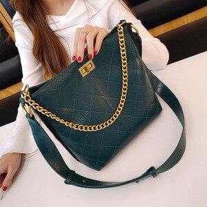 Bag Woman Handbags Women's Bags Diamond Chain Bucket Bag One-shoulder Oblique Lock Bag Handbags Women Bags Purses Satchels