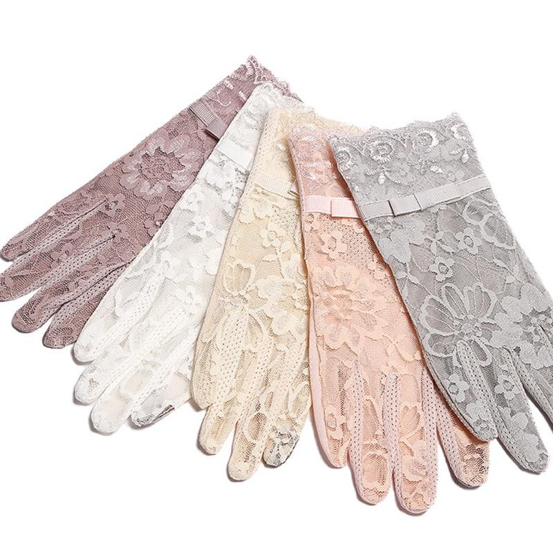 Sommer Frauen Kurzen Sonnencreme UV Anti Slip Fahren Spitze Handschuhe Volle Finger Sonne Frühling Touchscreen Damen Bogen Kleid Handschuhe weiß