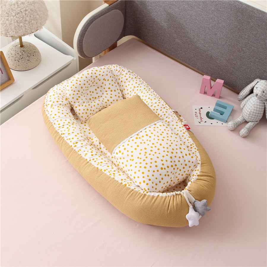 Portable Baby Nest with Quilt Blanket Baby Nursery Bed Cotton Crib for Newborn Bedding Set Co Sleeper