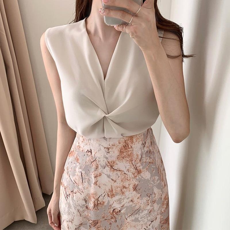 Women Satin  Blouses Large Size Ladies Tops Female Sleeveless Office Lady Elegant Shirt Plus Size Female Clothing 2020 Summer
