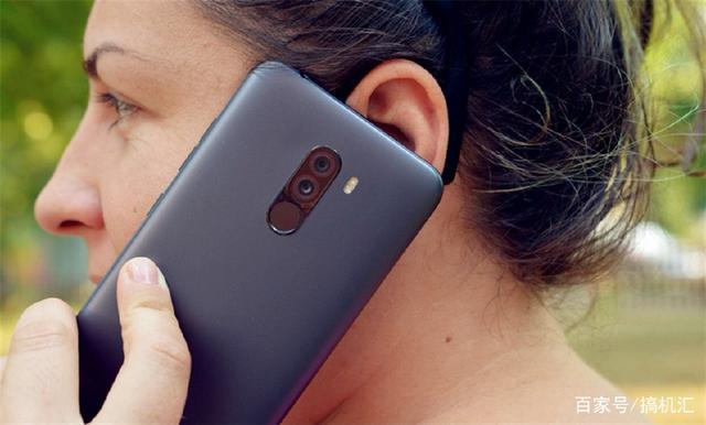 Фото3 - Смартфон xiaomi poco f1, 6 ГБ 128 ГБ, Snapdragon 845, с экраном 2246*1080 пикселей