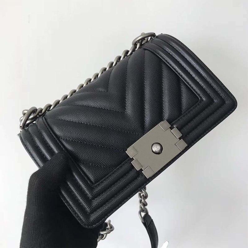 المرأة السوداء حقيبة صغيرة الكلاسيكية الكافيار الحبوب والجلود المواد على شكل حرف V الماس والجلود سلسلة حقيبة حقيبة كتف جودة عالية