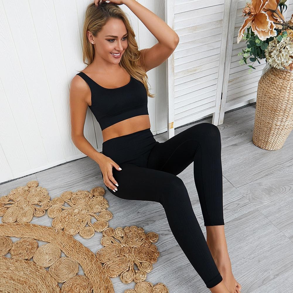 Бесшовные комплекты для йоги Женская спортивная одежда спортивный комплект из двух предметов одежда для фитнеса спортивные Леггинсы и топ Набор