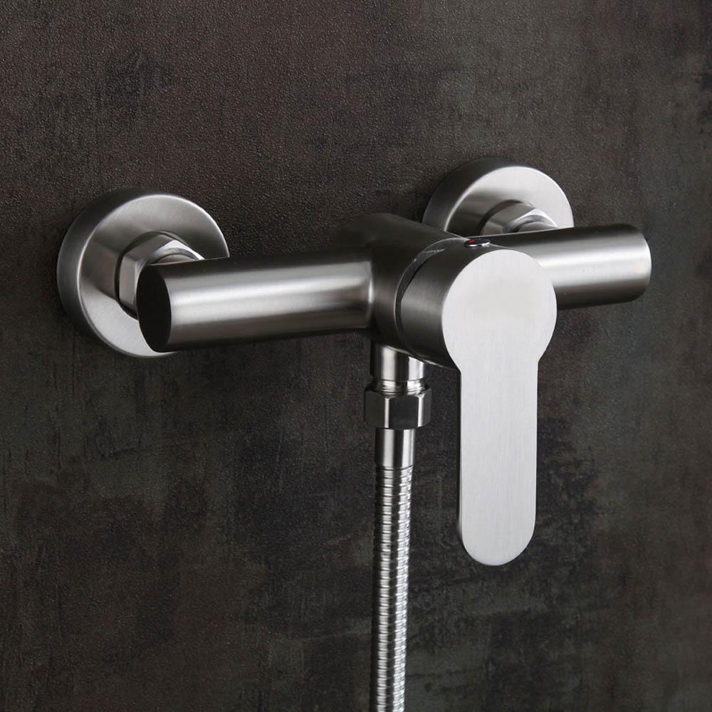 304 خلاط مياه ساخنة وباردة من الفولاذ المقاوم للصدأ ، حنفيات دش بمقبض معدني مثبت على الحائط للحمام
