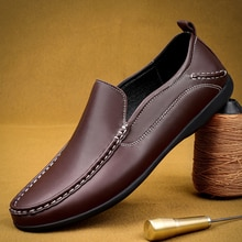 New Men Loafers Fashion Leather Hand Stitch Classic Loafers Business Casual Non-Slip Soft Comfortabl