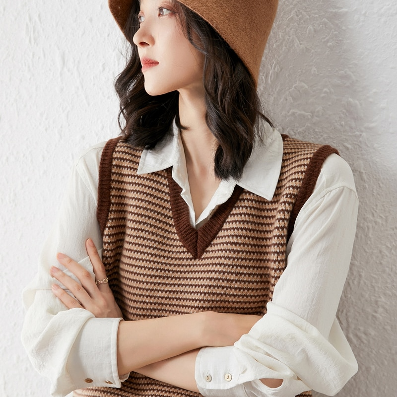 adohon 2021 woman Vest summer sweaters knitted Sleeveless Pullovers jumper High Quality Female knitwear V-neck cool comfortable enlarge