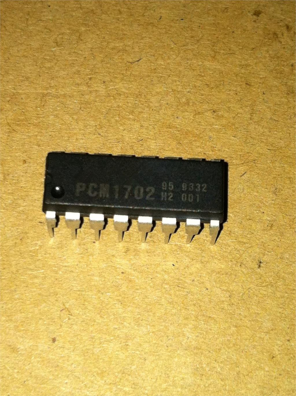 1 unids/lote PCM1702K PCM1702 DIP-16