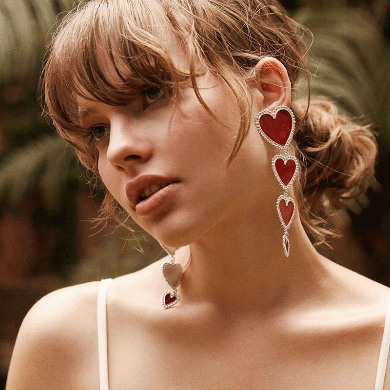 Pendientes largos de moda gran corazón gota pendientes colgantes para mujeres exageración Metal rojo negro blanco joyería de pendientes para fiesta