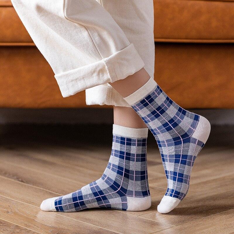 Новинка, классические весенние Хлопковые женские носки для косплея в клетку, изысканные повседневные модные носки в стиле Харадзюку, оптом