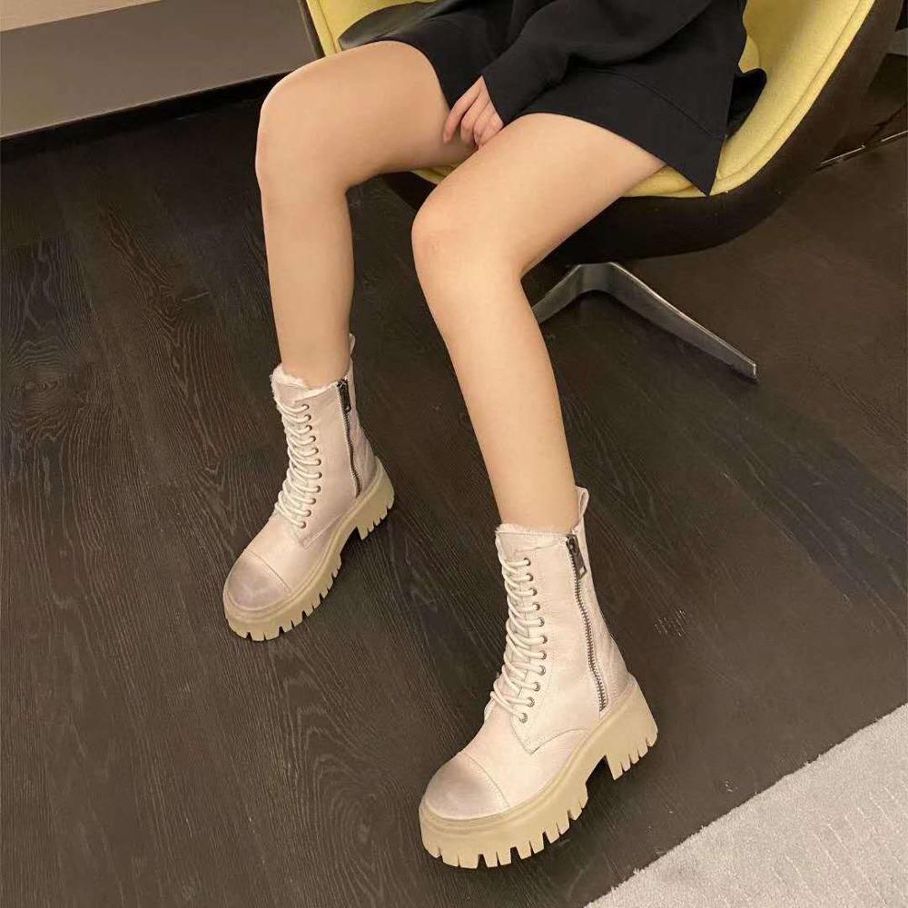 Vallu 2020 شتاء جديد جلد الرجعية الفراء الحقيقي الدانتيل متابعة منتصف كعب عدم الانزلاق تسولي شخصية الموضة مارتن الأحذية