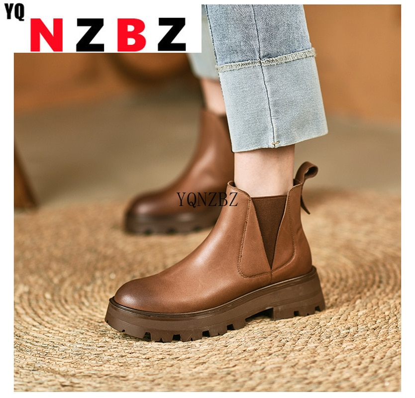 Patent Leather Short Chelsea Boots Autumn 2021 High-heel Pull-on Ankle Boot Fashion Casual Stitching